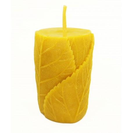 Vaska svece ar lapām